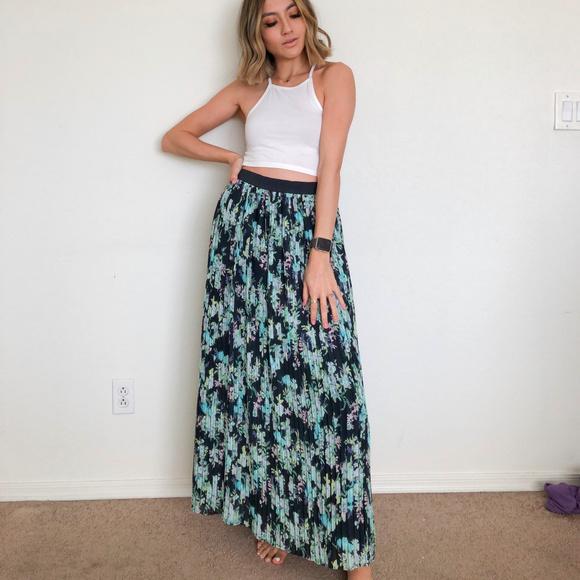 LC Lauren Conrad Dresses & Skirts - LC Lauren COnrad Floral Maxi Skirt